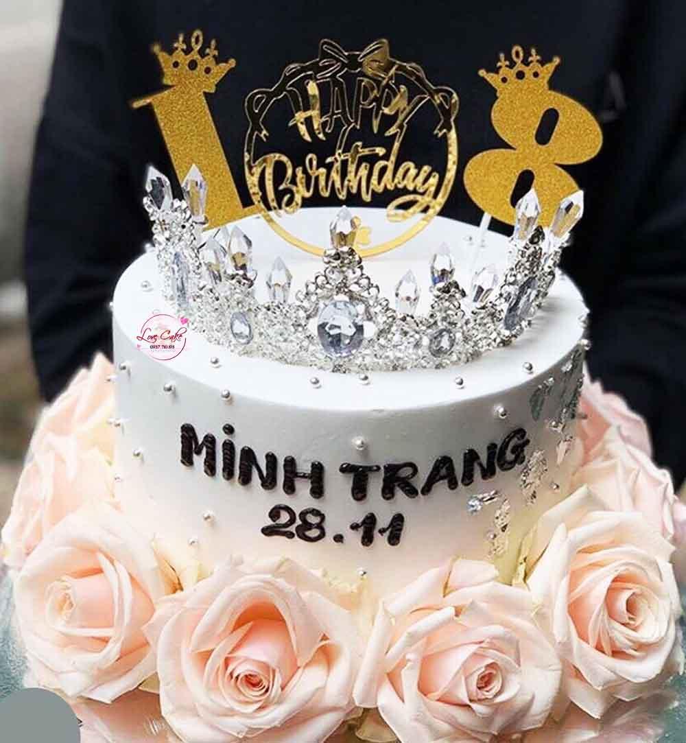 Bánh sinh nhật vương miện đẹp nhất