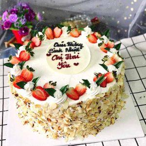 Bánh sinh nhật dâu tươi