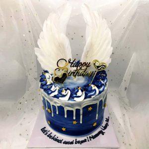 Bánh sinh nhật đôi cánh thiên thần