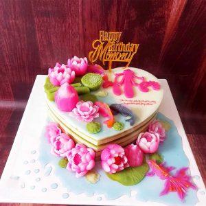 Bánh sinh nhật rau câu tim hoa sen