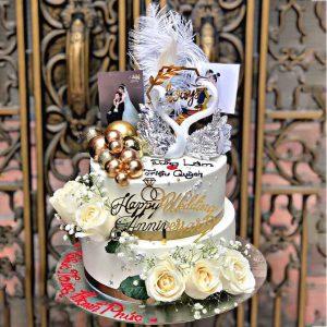 Bánh sinh nhật thiên nga