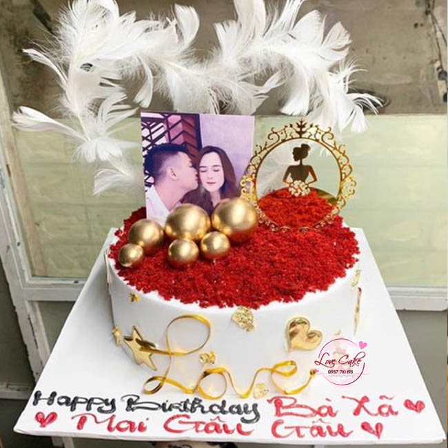Bánh sinh nhật kỷ niệm