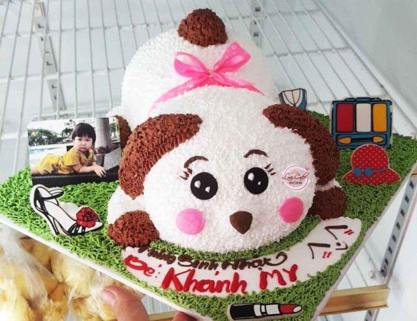 Bánh sinh nhật con chó tặng bé gái