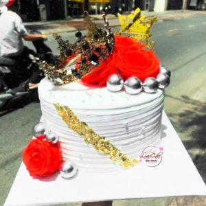Bánh sinh nhật vương miện
